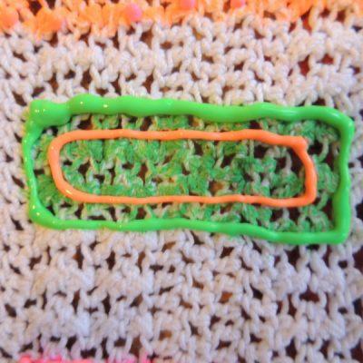 dscn2303 400x400 crochet fabric marker