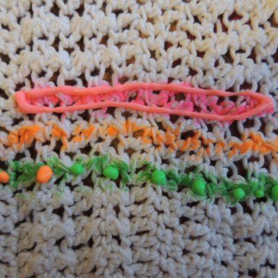 dscn2305 400x400 crochet fabric marker
