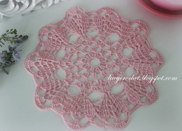 free crochet doily pattern 600x432 Best Crochet Patterns, Ideas and News (Link Love)