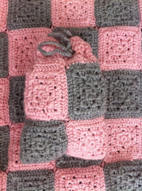crochet checkers blanket