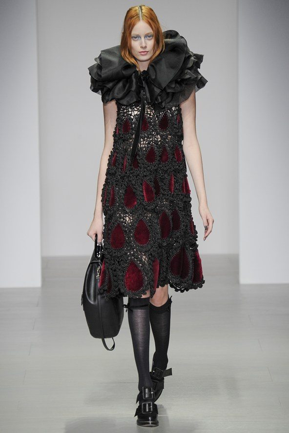 john rocha crochet panel dress New Crochet on the Runway from John Rocha (Autumn/Winter 2014 Fashion Week)