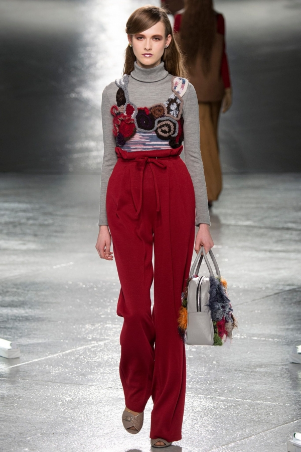 rodarte freeform crochet top 600x900 New Crochet on the Runway from Rodarte (Autumn/Winter 2014 Fashion Week)