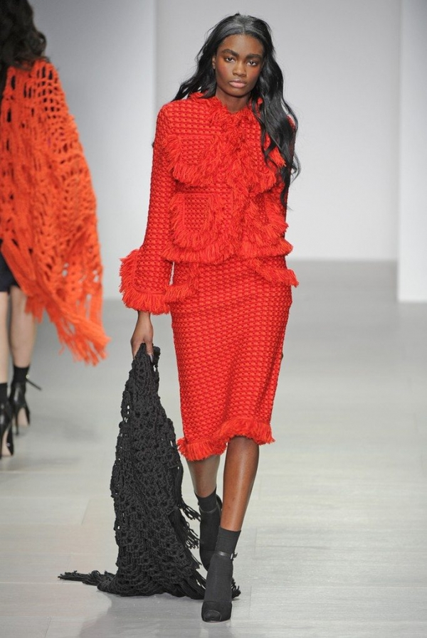 sister by sibling crochet fringe suit 600x897 New Crochet on the Runway from Sister by Sibling (Autumn/Winter 2014 Fashion Week)