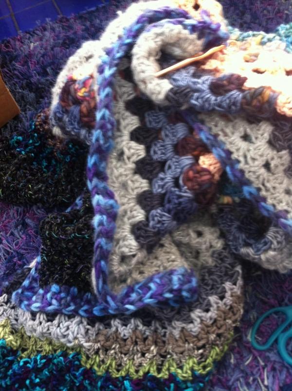 crochet large granny square blanket