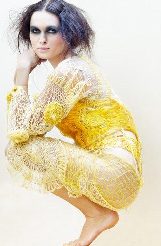 Indra Dovydėnaitė yellow crochet
