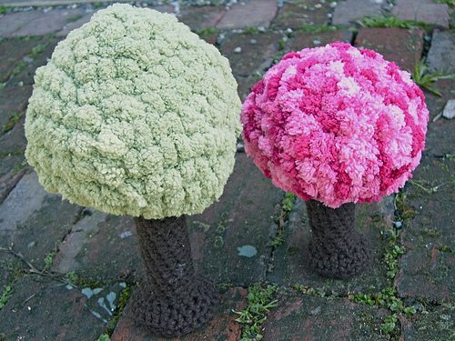 cherry blossom tree 15 Beautiful Cherry Blossom Crochet Patterns