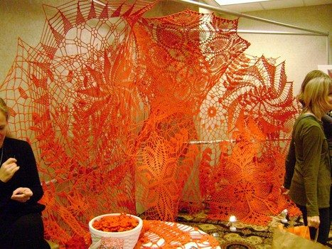 crochet art1 Link Love for Best Crochet Patterns, Art, Ideas and News