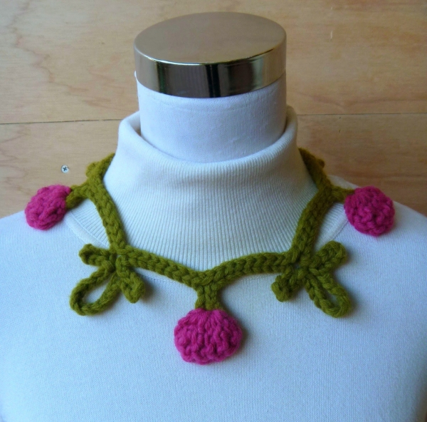 crochet necklace pattern1 600x592 Link Love for Best Crochet Patterns, Art, Ideas and News