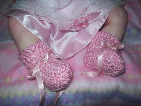 roze gehaakte booties patroon