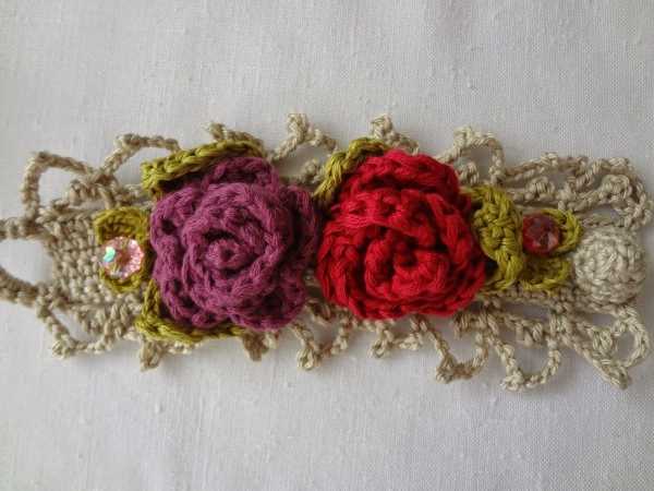 crochet bracelet pattern 600x450 Link Love for Best Crochet Patterns, Ideas and News