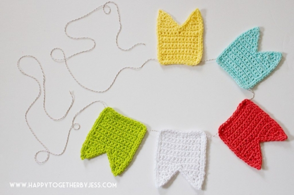 crochet bunting pattern1 600x399 Link Love for Best Crochet Patterns, Ideas and News