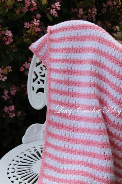 Crochet lapghan free pattern from @olgalacycrochet