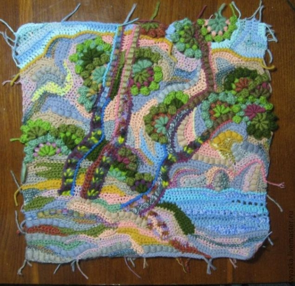 crochet paintings freeform 600x582 20+ Beautiful Examples of 2014 Crochet Art