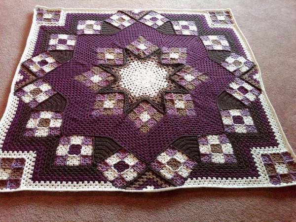 crochet quilt 600x450 Beyond a Blanket: 10 Crochet Quilt Patterns