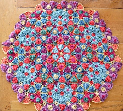crochet art 20+ Beautiful Examples of 2014 Crochet Art