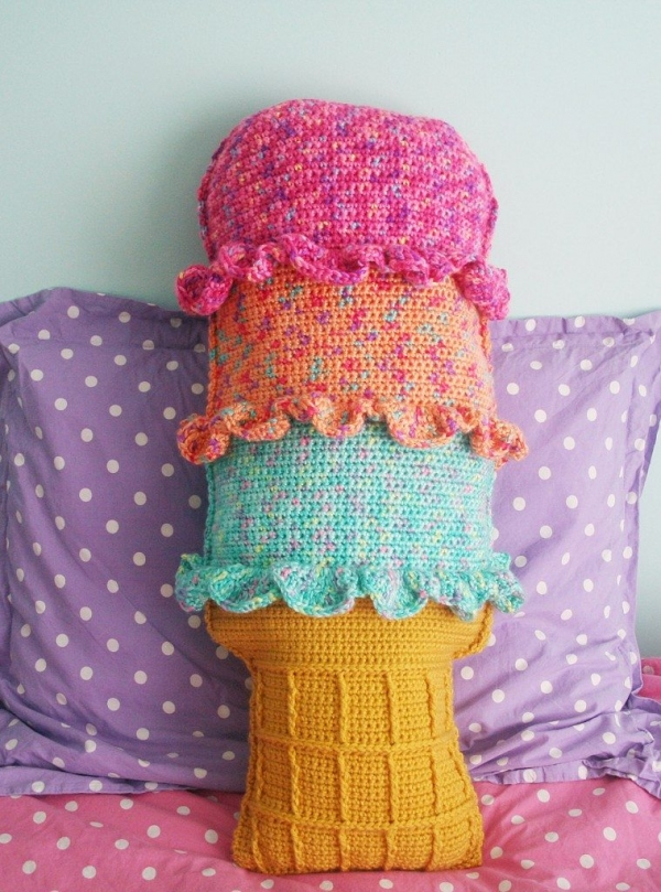 crochet ice cream 600x809 Link Love for Best Crochet Patterns, Ideas and News