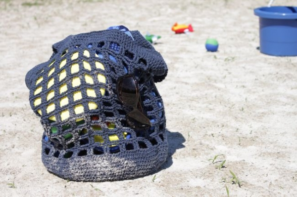 Free Crochet Pattern Beach Bag : 25 Sizzling Summer Crochet Patterns