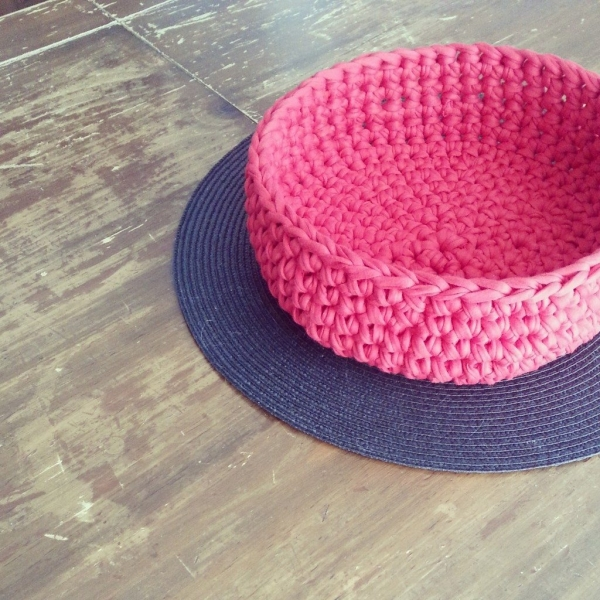 crochet bowl 600x600 Link Love for Best Crochet Patterns, Ideas and News