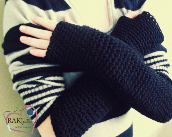 crochet fingerless gloves 600x477 Link Love for Best Crochet Patterns, Ideas and News
