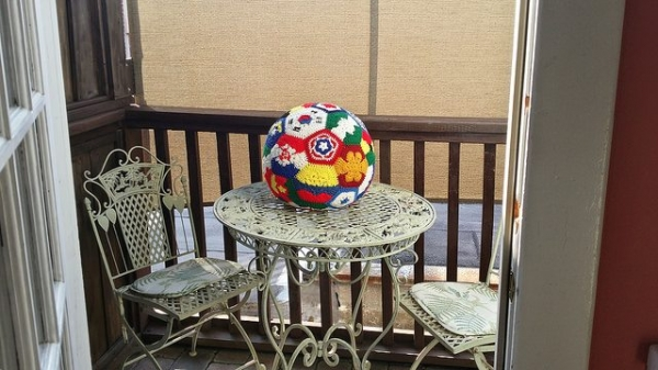 crochet soccer ball 600x337 Link Love for Best Crochet Patterns, Ideas and News