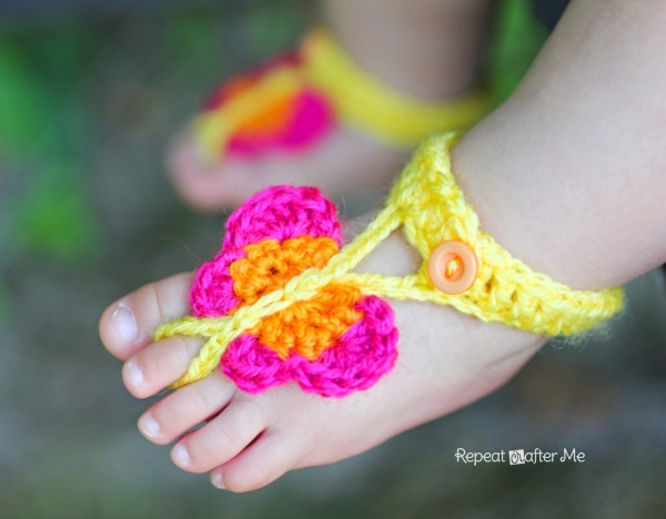 crochet baby sandals 600x468 Link Love for Best Crochet Patterns, Ideas and News