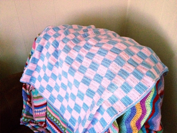 crochet blankets 600x450 Link Love for Best Crochet Patterns, Ideas and News