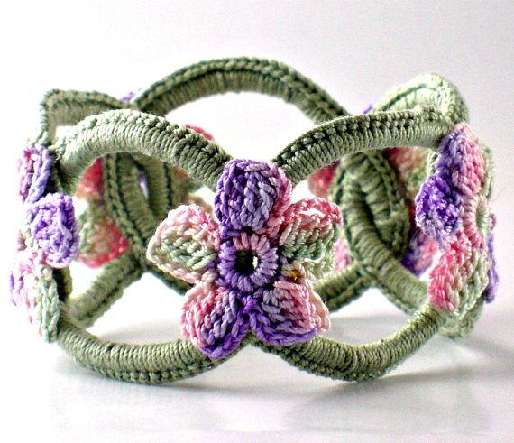 crochet bracelet Link Love for Best Crochet Patterns, Ideas and News