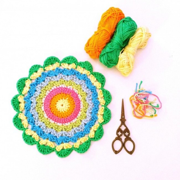 crochet mandala pattern 600x600 Link Love for Best Crochet Patterns, Ideas and News