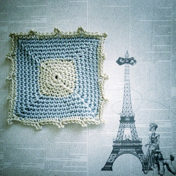 crochet square pattern 600x600 Link Love for Best Crochet Patterns, Ideas and News