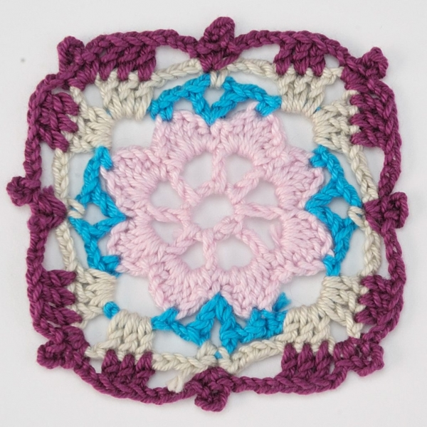 crochet square pattern1 600x600 Link Love for Best Crochet Patterns, Ideas and News