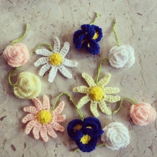 stinaross87 crochet flowers