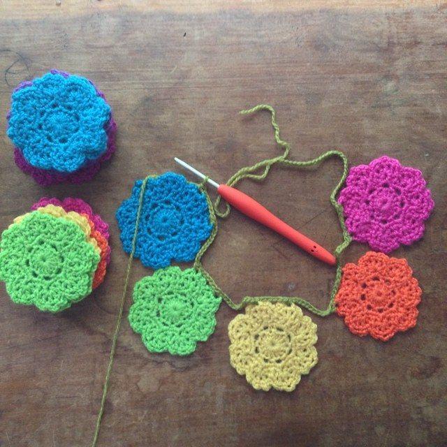 woolyana crochet garland