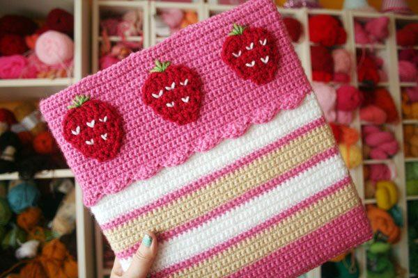 crochet strawberry pattern
