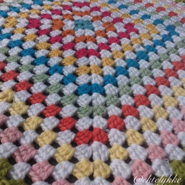 ektelykke_crochet_granny_square