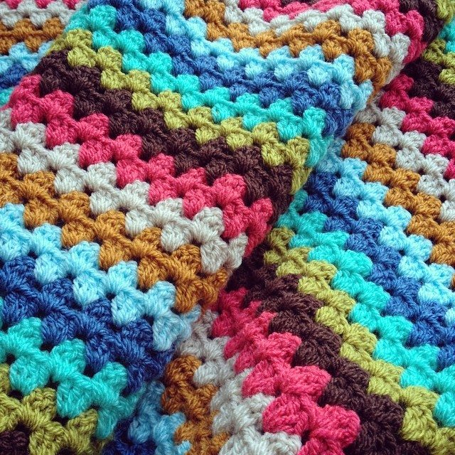 makesbyme_ crochet blanket