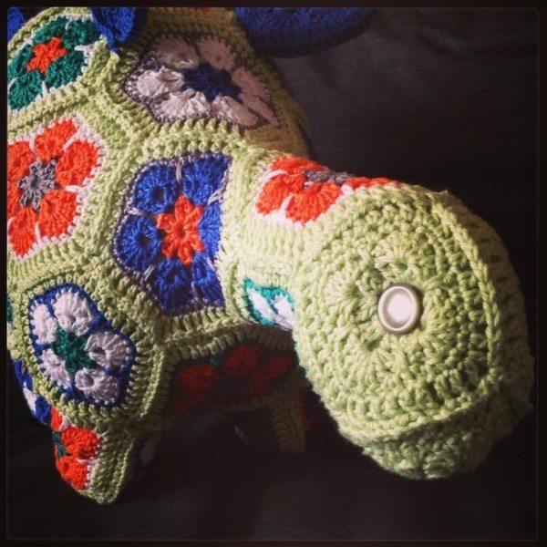 palla_79_crochet_dinosaur