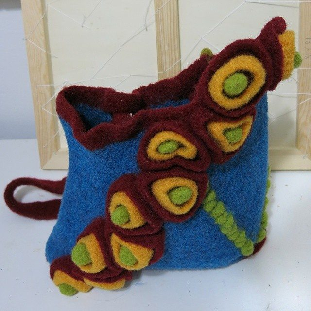 reginajestrow felted crochet purse