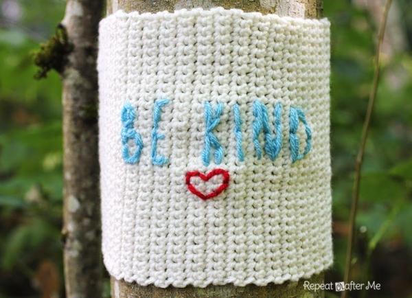 yarnbomb crochet