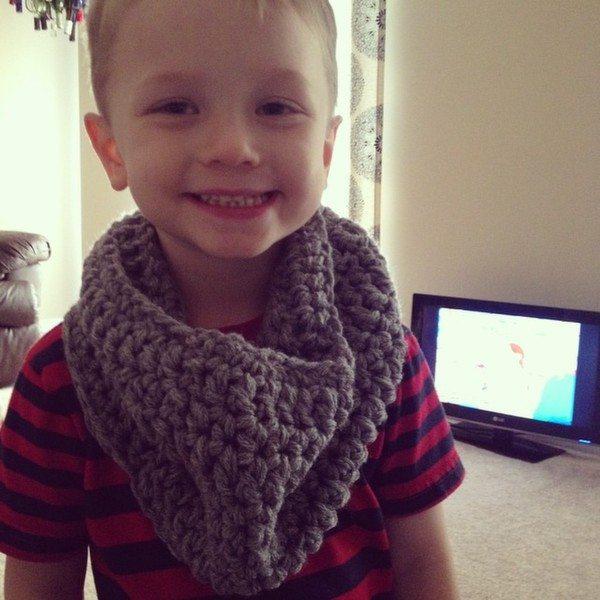 audra_hooknowl_crochet_cowl