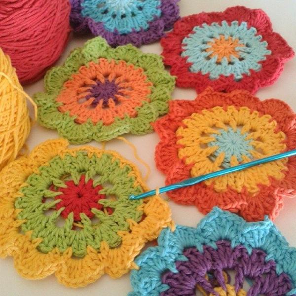 corazonalsol instagram crochet flowers