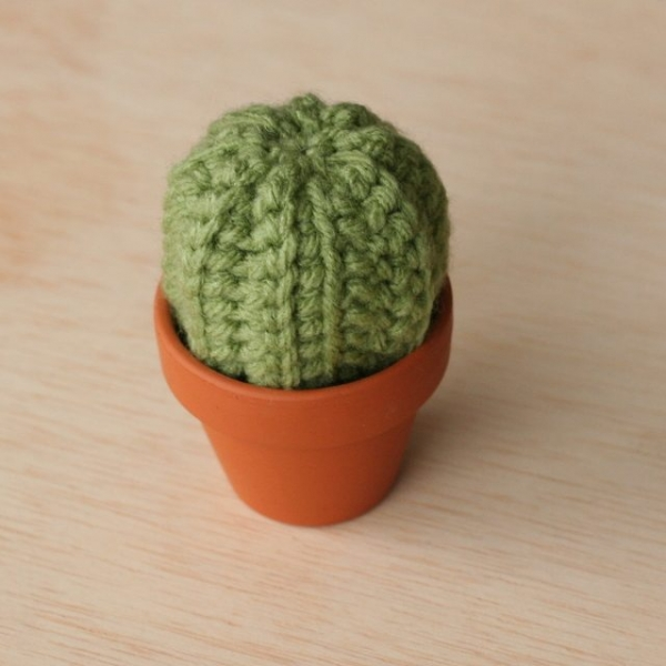 Free Crochet Pattern For Cactus : 15 Cactos de croch? para o amante do deserto no coracao
