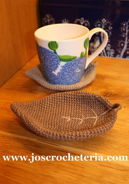 leaf coaster crochet pattern