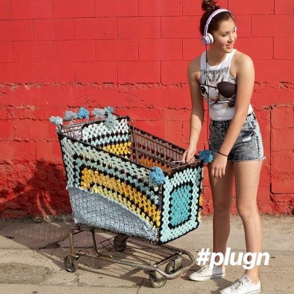 lisesolvang instagram crochet yarnbomb
