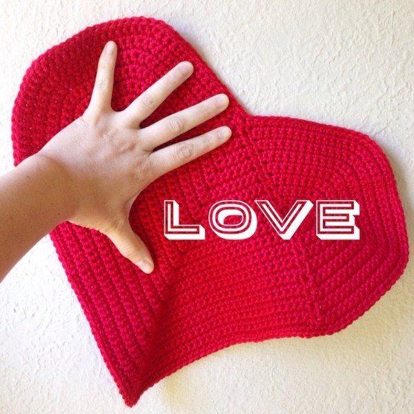 mobiusgirl_crochet_heart