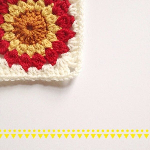 mobiusgirl_crochet_square