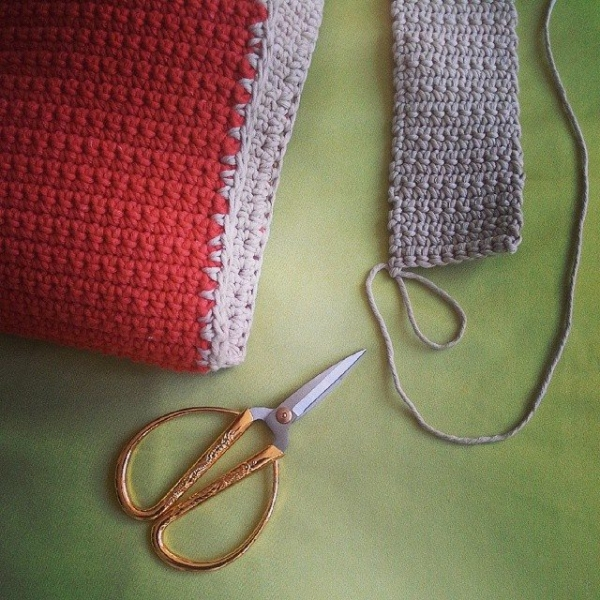 paolaroncallo instagram crochet bag