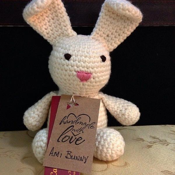 salishseacrocheter instagram crochet bunny