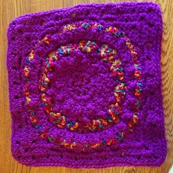 travelingchic04 instagram crochet square mooglycal