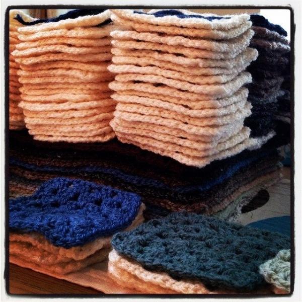 x_shelbelle_x crochet squares 2