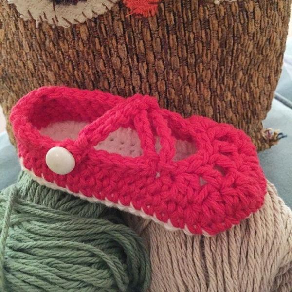 audra_hooknowl crochet slippers pink